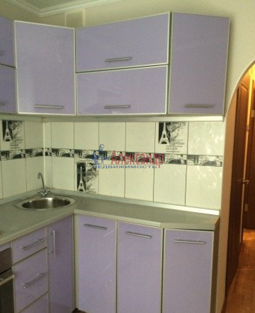 1-комнатная квартира (35м2) в аренду по адресу Трефолева ул., 26— фото 9 из 10