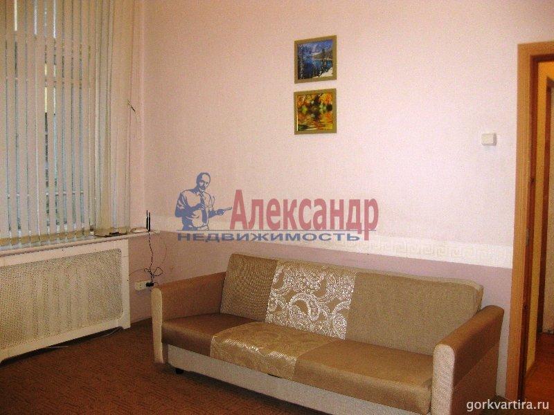 Комната в 3-комнатной квартире (85м2) в аренду по адресу Пестеля ул., 11— фото 2 из 3