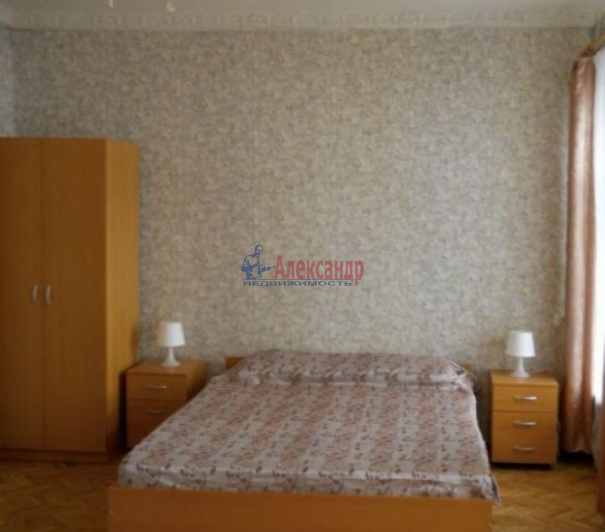 1-комнатная квартира (28м2) в аренду по адресу Подковырова ул., 24— фото 2 из 3
