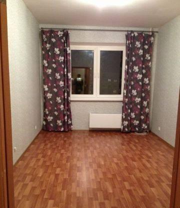 1-комнатная квартира (38м2) в аренду по адресу Адмирала Трибуца ул., 5— фото 2 из 4