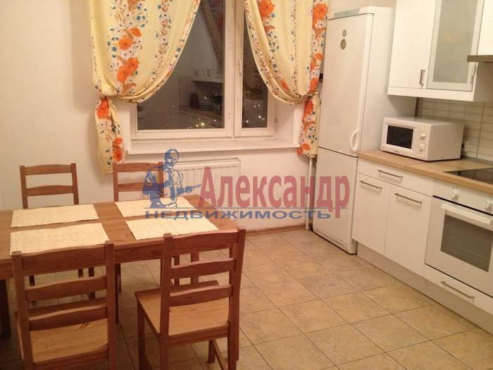 2-комнатная квартира (72м2) в аренду по адресу Пятилеток пр., 2— фото 1 из 7