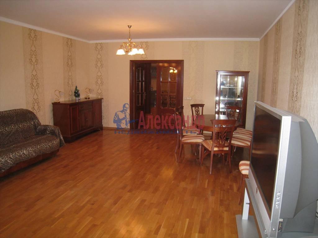 5-комнатная квартира (190м2) в аренду по адресу Мичуринская ул., 4— фото 2 из 12