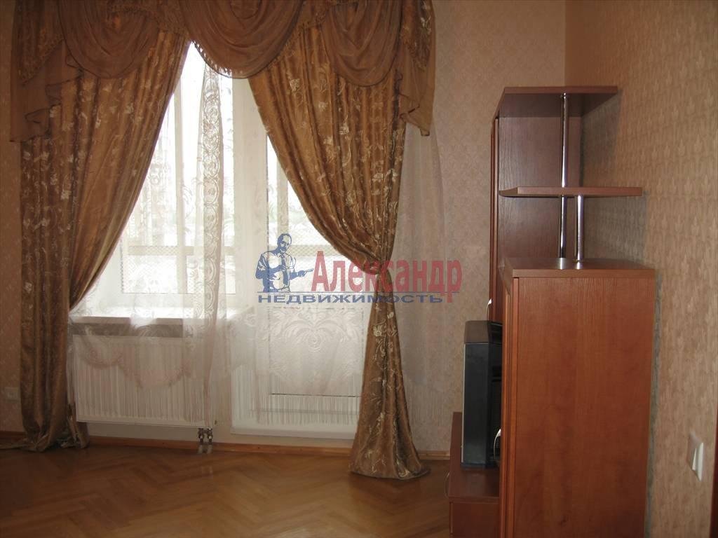 1-комнатная квартира (45м2) в аренду по адресу Кораблестроителей ул., 32— фото 9 из 14