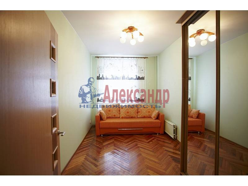 4-комнатная квартира (90м2) в аренду по адресу Загородный пр.— фото 6 из 17