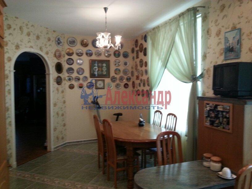 3-комнатная квартира (95м2) в аренду по адресу Черной Речки наб., 10— фото 2 из 16