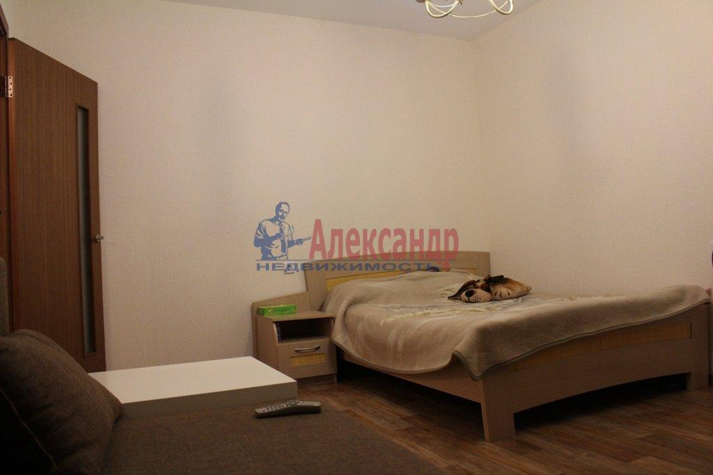 1-комнатная квартира (35м2) в аренду по адресу Съезжинская ул., 19— фото 1 из 5