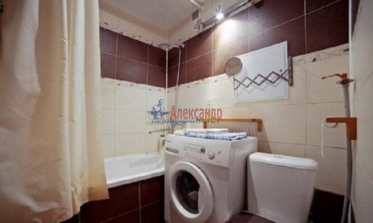 1-комнатная квартира (40м2) в аренду по адресу Кораблестроителей ул.— фото 3 из 3