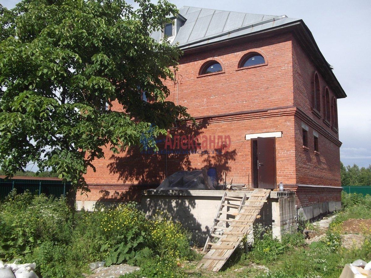 Дом (220м2) в аренду — фото 1 из 10
