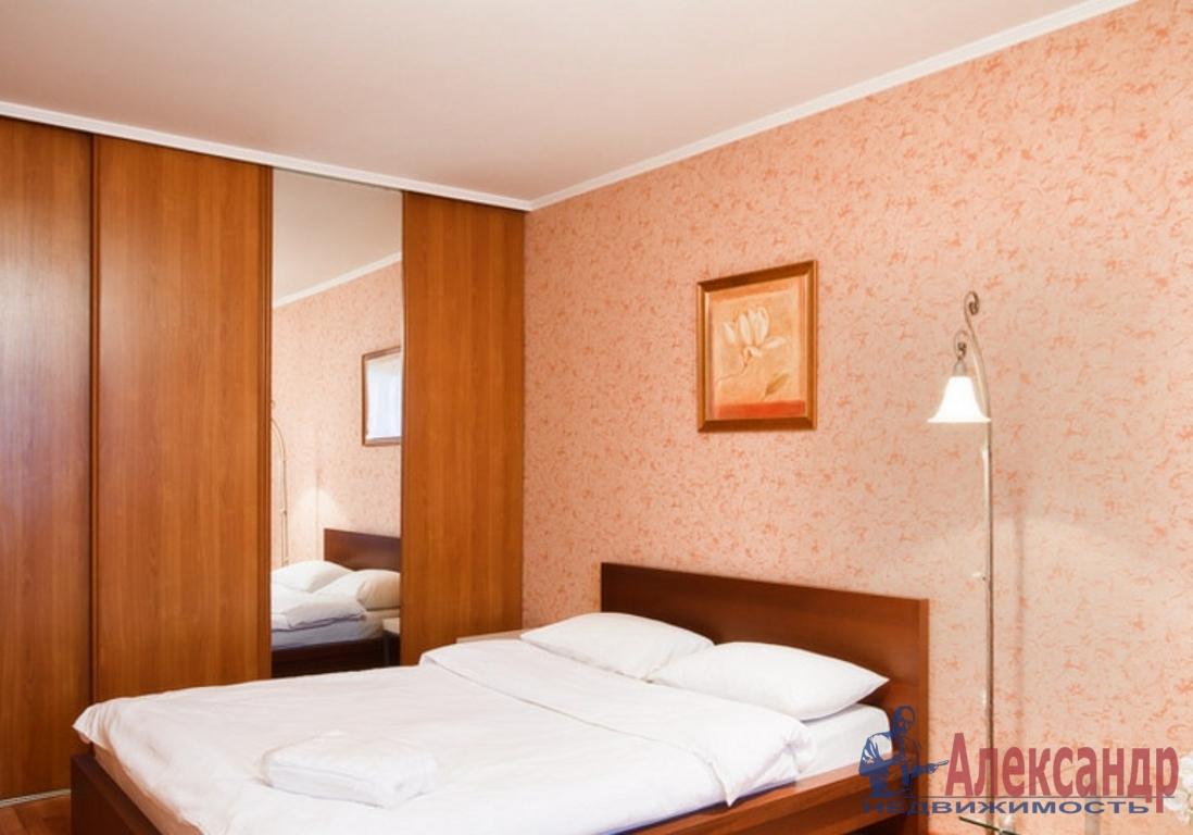 3-комнатная квартира (85м2) в аренду по адресу Бухарестская ул., 110— фото 3 из 4