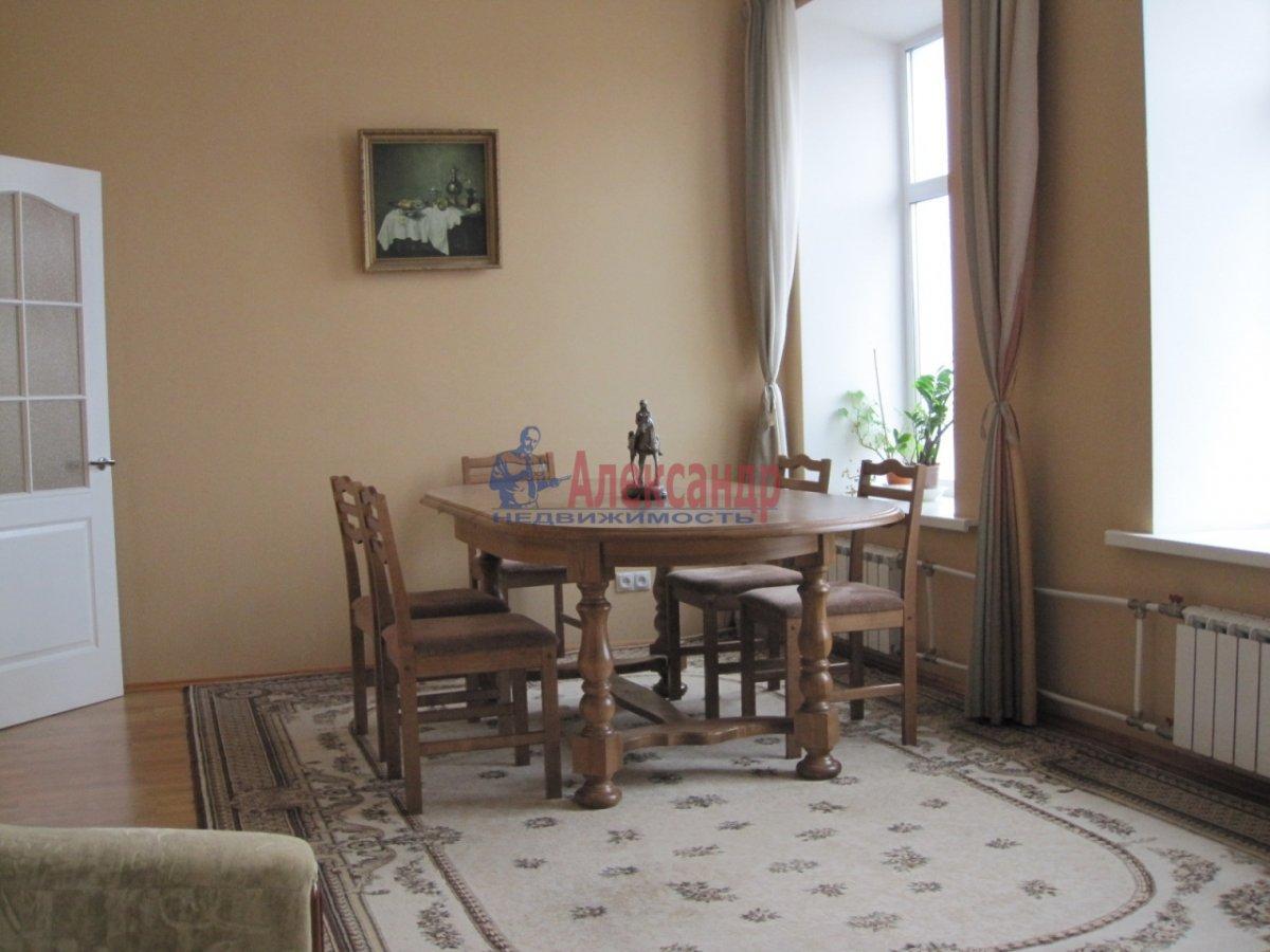 4-комнатная квартира (110м2) в аренду по адресу Спасский пер., 3— фото 1 из 10