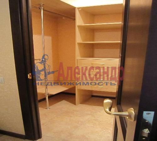 2-комнатная квартира (61м2) в аренду по адресу Клочков пер., 6— фото 1 из 10
