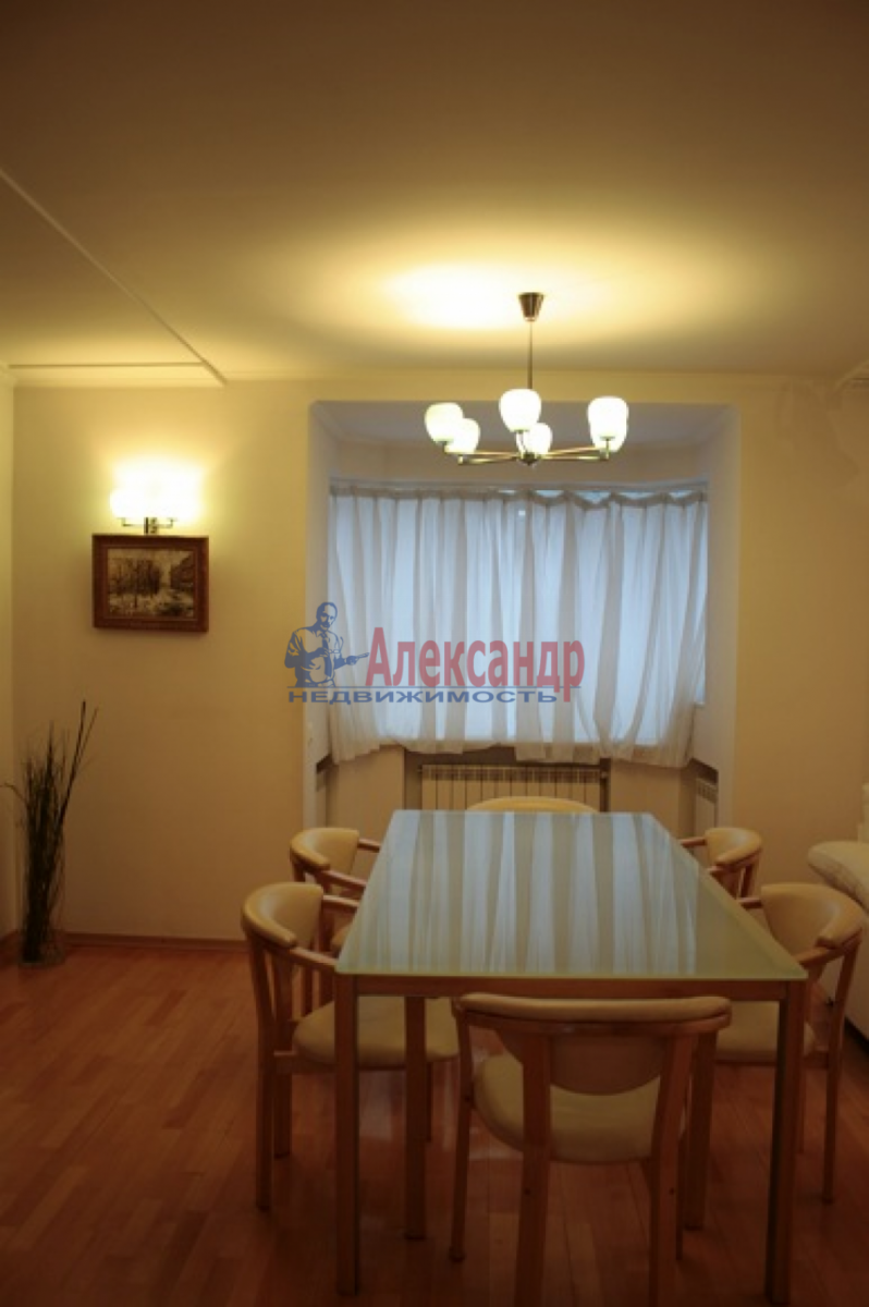 3-комнатная квартира (105м2) в аренду по адресу Невский пр., 117— фото 6 из 20