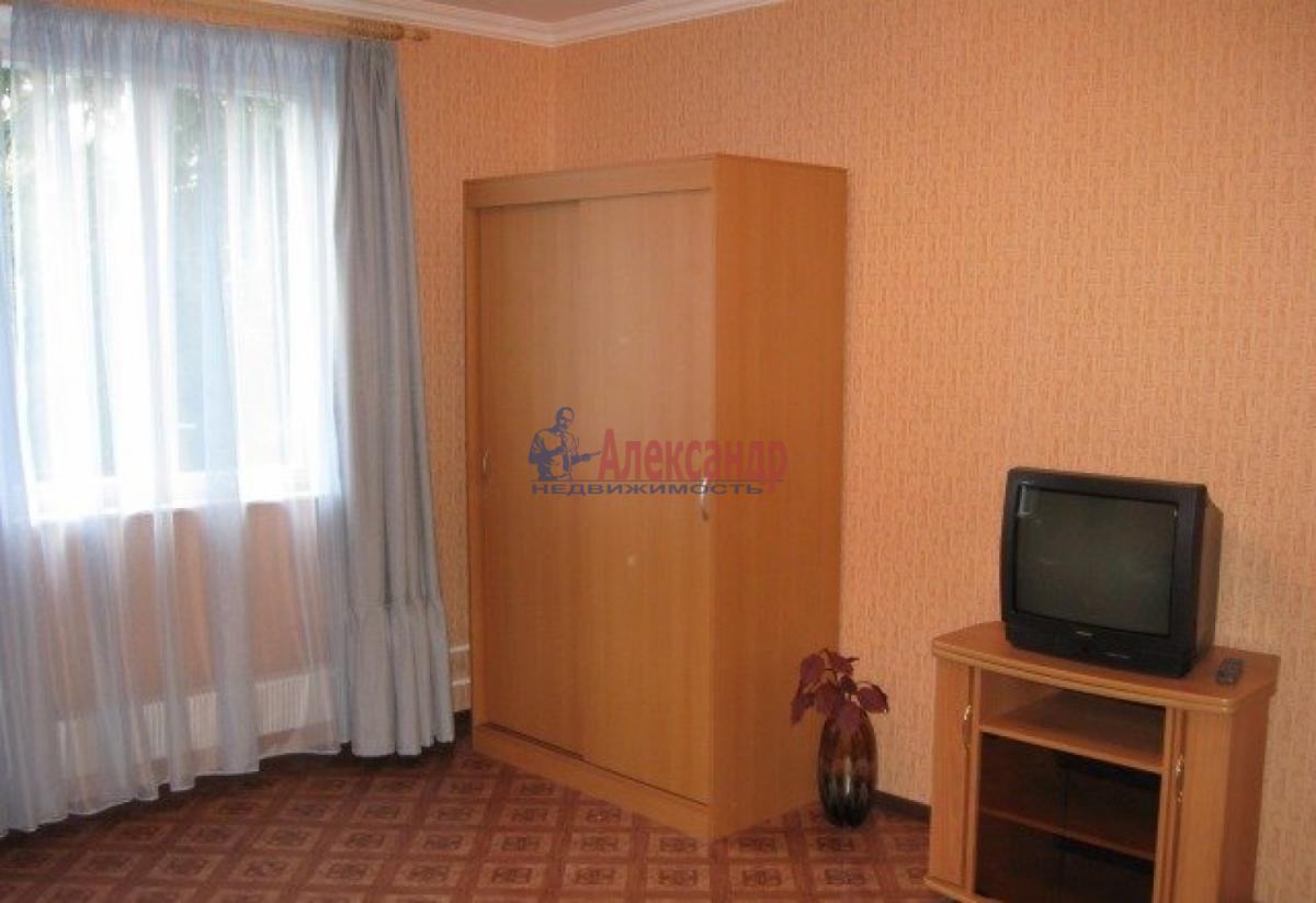 1-комнатная квартира (37м2) в аренду по адресу Будапештская ул., 28— фото 4 из 7