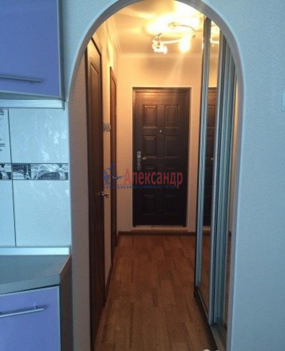 1-комнатная квартира (35м2) в аренду по адресу Трефолева ул., 26— фото 10 из 10