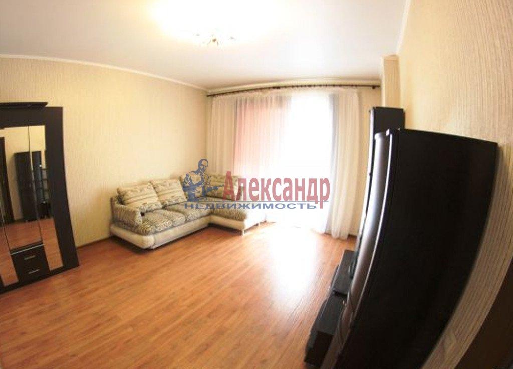 1-комнатная квартира (35м2) в аренду по адресу Маршала Казакова ул., 78— фото 2 из 3
