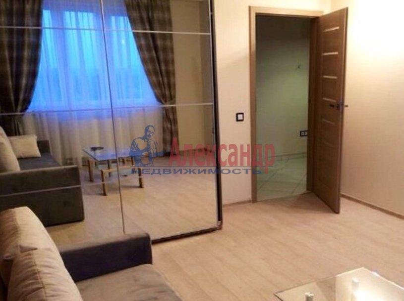 1-комнатная квартира (55м2) в аренду по адресу Варшавская ул., 23— фото 1 из 4