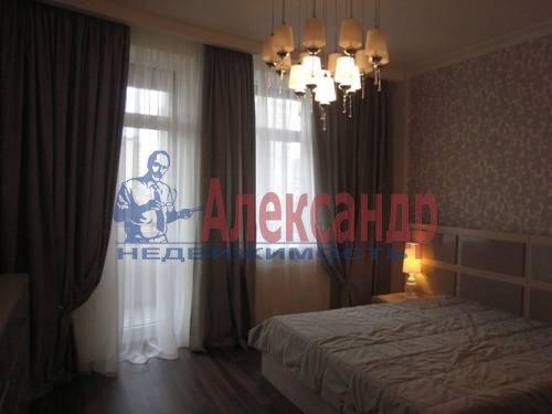 2-комнатная квартира (75м2) в аренду по адресу Смольного ул., 2— фото 5 из 8
