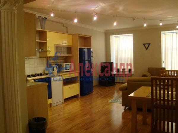 3-комнатная квартира (104м2) в аренду по адресу Малая Садовая ул., 3— фото 2 из 7