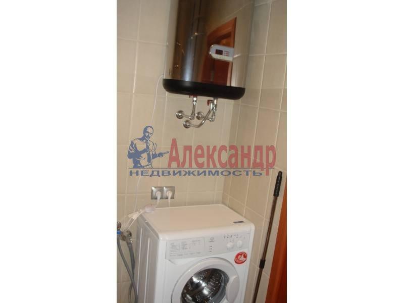 1-комнатная квартира (44м2) в аренду по адресу Обуховской Обороны пр., 110— фото 8 из 9
