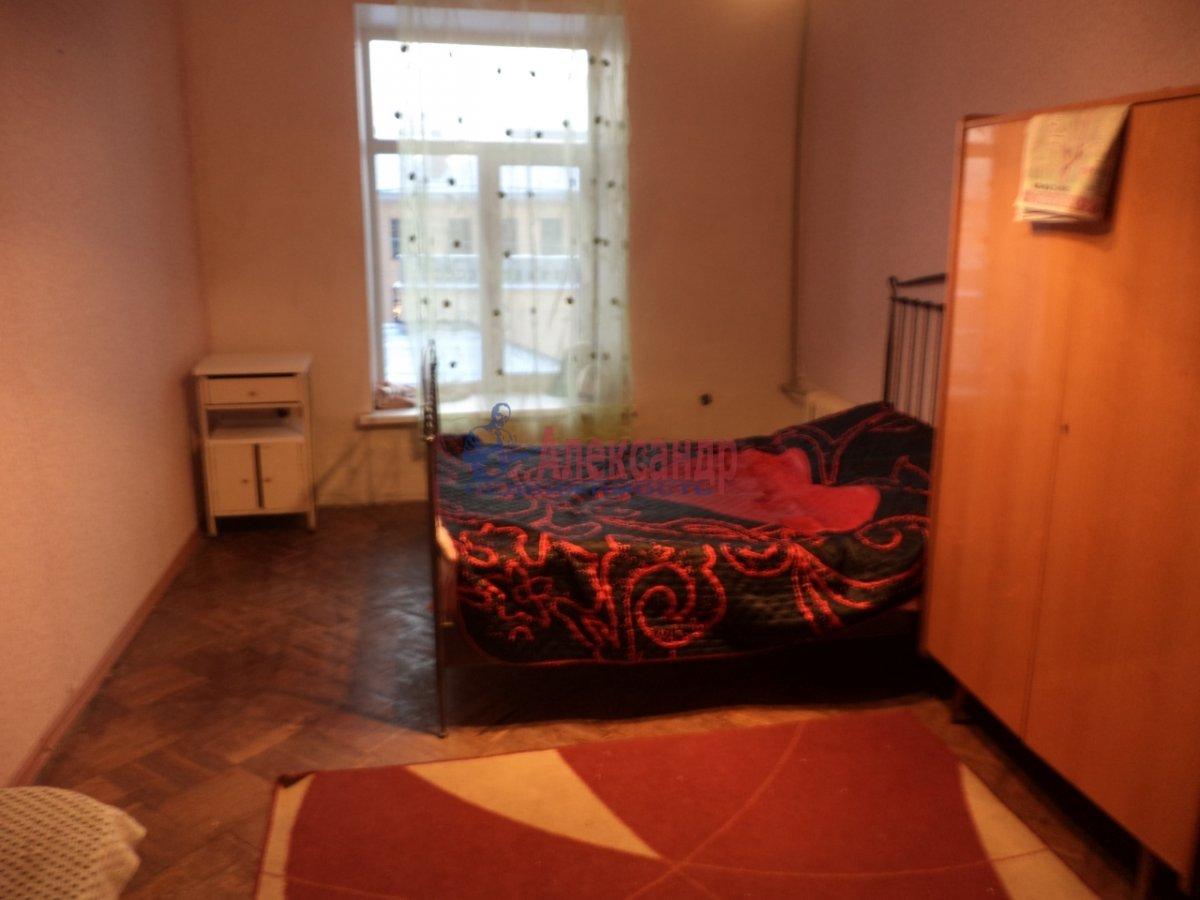 Комната в 4-комнатной квартире (95м2) в аренду по адресу Гороховая ул., 32— фото 1 из 2