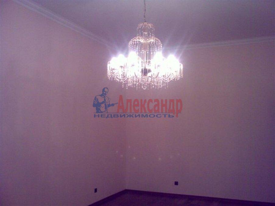 1-комнатная квартира (35м2) в аренду по адресу Десантников ул., 12— фото 4 из 8