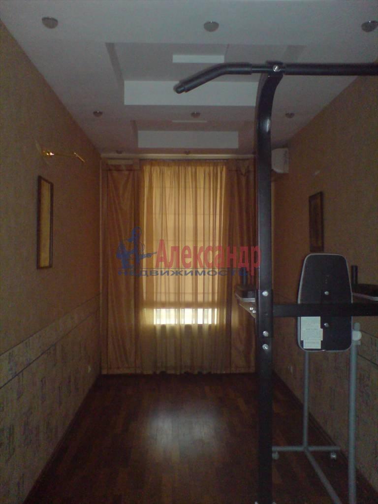 4-комнатная квартира (126м2) в аренду по адресу Лиговский пр., 58— фото 8 из 9