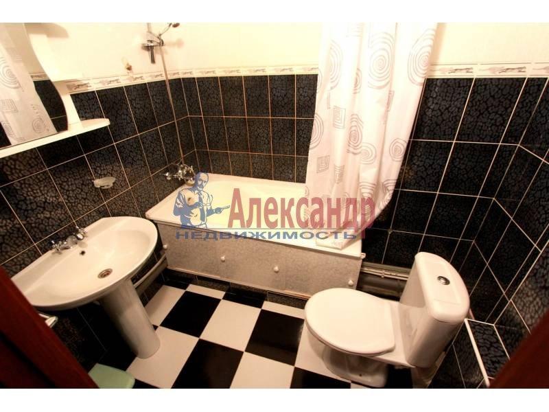 1-комнатная квартира (45м2) в аренду по адресу Матроса Железняка ул., 57— фото 3 из 5
