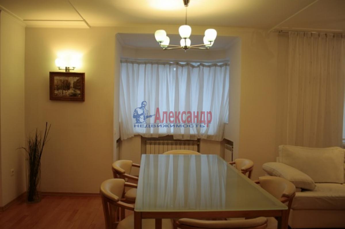 3-комнатная квартира (105м2) в аренду по адресу Невский пр., 117— фото 7 из 20