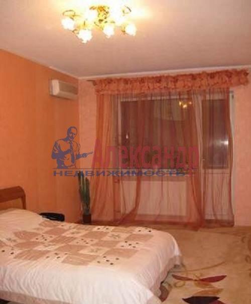 2-комнатная квартира (60м2) в аренду по адресу Коломяжский пр., 20— фото 5 из 7