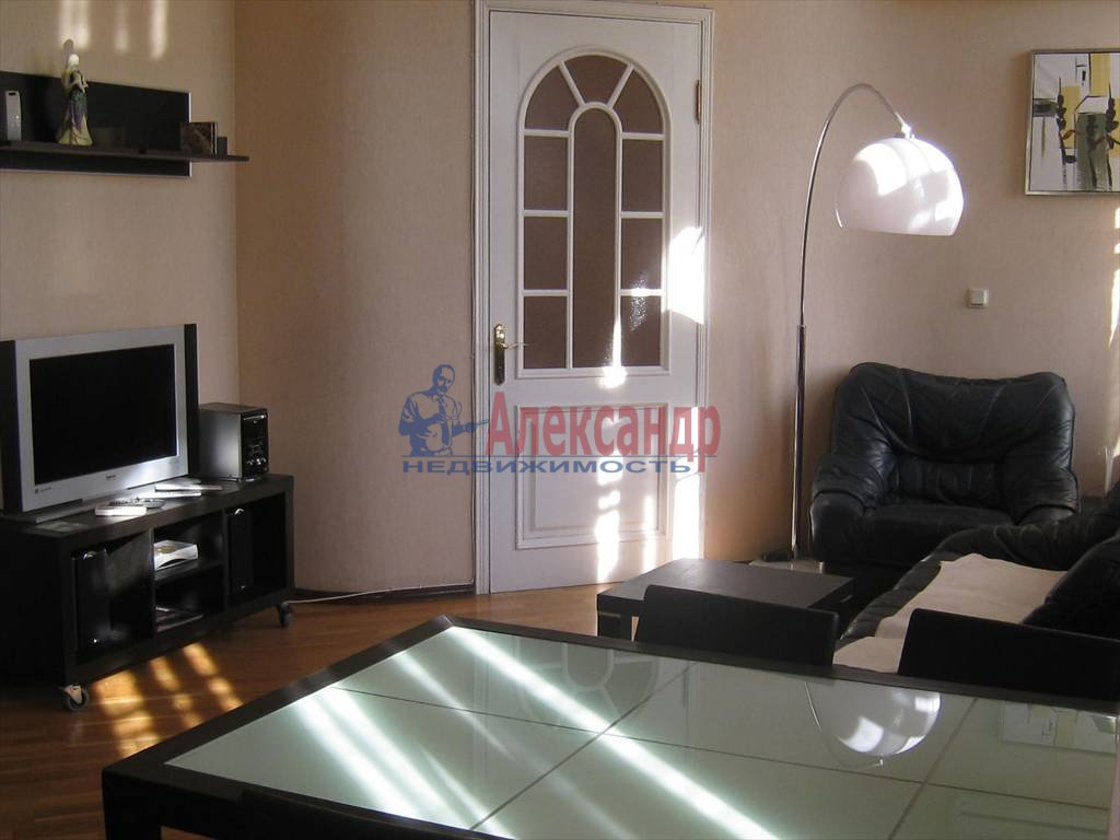 2-комнатная квартира (60м2) в аренду по адресу Мытнинская наб., 7— фото 6 из 7