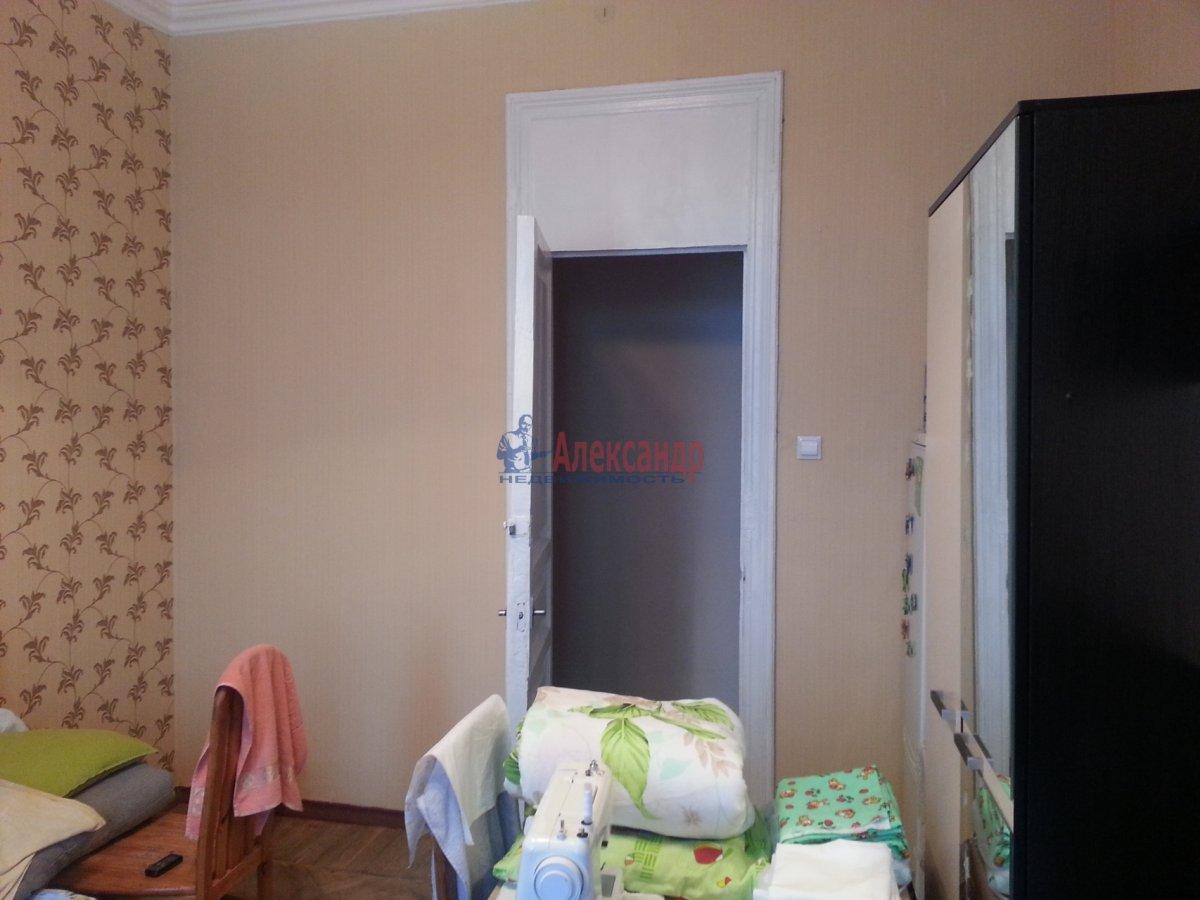 Комната в 3-комнатной квартире (65м2) в аренду по адресу 5 Советская ул., 19— фото 3 из 8