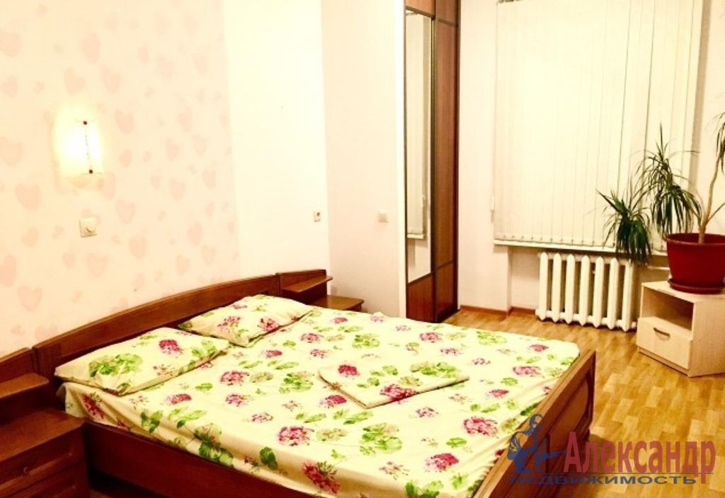 2-комнатная квартира (52м2) в аренду по адресу Большой пр., 69— фото 2 из 5