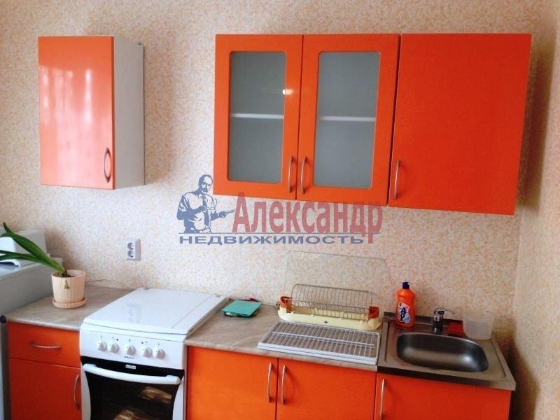 1-комнатная квартира (38м2) в аренду по адресу Руставели ул., 60— фото 2 из 10