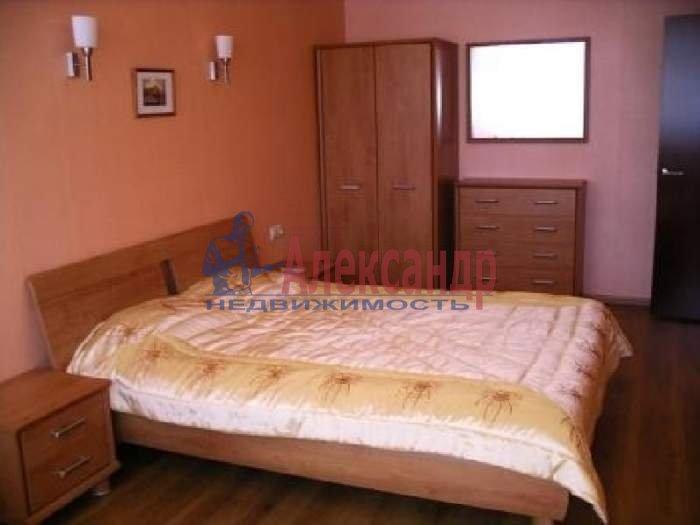 Комната в 2-комнатной квартире (61м2) в аренду по адресу Коломяжский пр., 26— фото 1 из 1