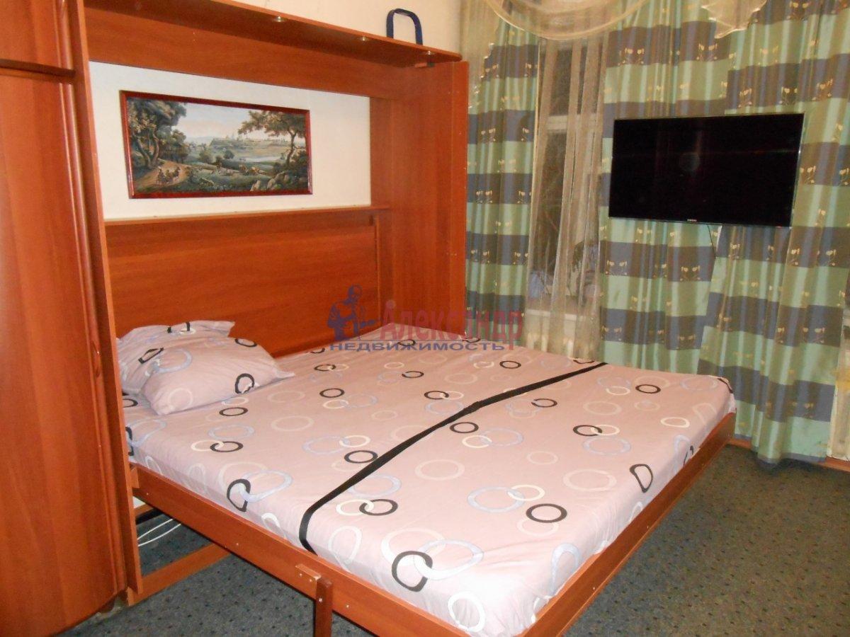 Комната в 3-комнатной квартире (60м2) в аренду по адресу Воронежская ул., 12— фото 1 из 7