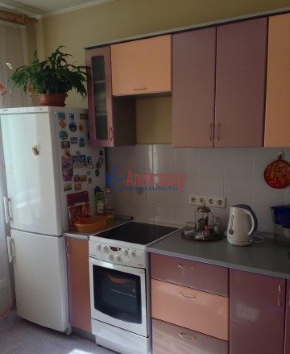 1-комнатная квартира (44м2) в аренду по адресу Автовская ул., 15— фото 1 из 11