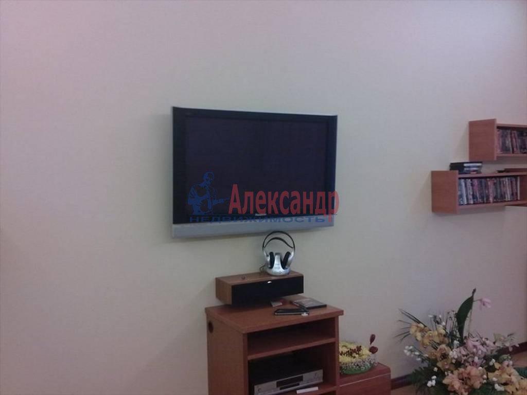 4-комнатная квартира (120м2) в аренду по адресу Большая Монетная ул., 10— фото 12 из 13