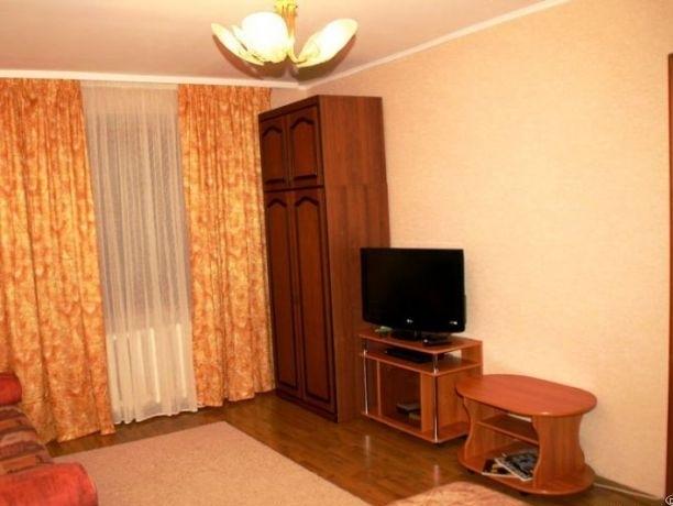 Комната в 2-комнатной квартире (51м2) в аренду по адресу Тихорецкий пр., 9— фото 1 из 3