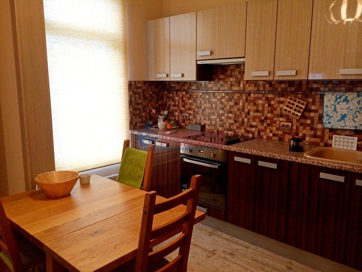 2-комнатная квартира (102м2) в аренду по адресу Обводного канала наб., 108— фото 2 из 8
