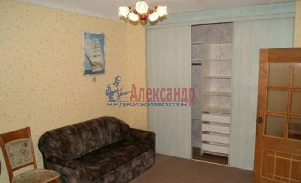 1-комнатная квартира (35м2) в аренду по адресу Шуваловский пр., 68— фото 1 из 4