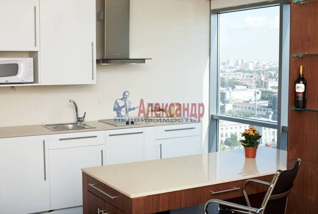 2-комнатная квартира (47м2) в аренду по адресу Московский просп., 93— фото 1 из 4