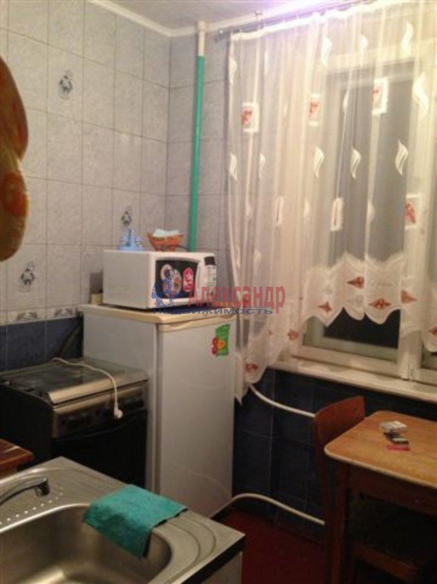 1-комнатная квартира (36м2) в аренду по адресу Бухарестская ул., 64— фото 2 из 3