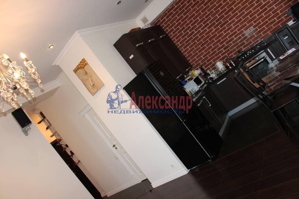2-комнатная квартира (75м2) в аренду по адресу Ленина пл., 3— фото 5 из 9