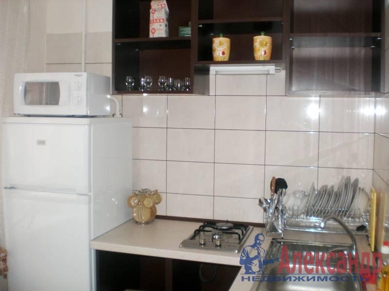 1-комнатная квартира (39м2) в аренду по адресу Дунайский пр., 5— фото 1 из 3