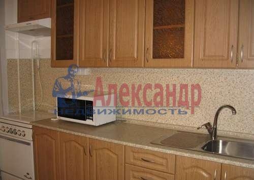 1-комнатная квартира (39м2) в аренду по адресу Богатырский пр., 31— фото 1 из 5