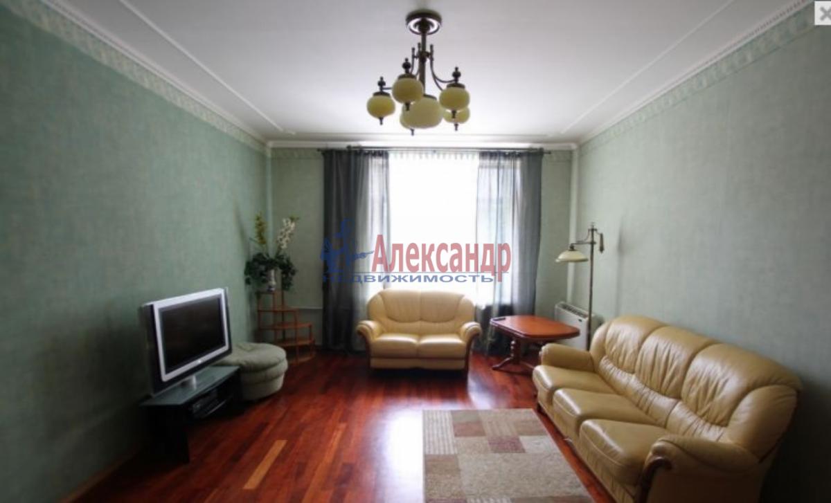 3-комнатная квартира (85м2) в аренду по адресу Чернышевского пл., 10— фото 1 из 9