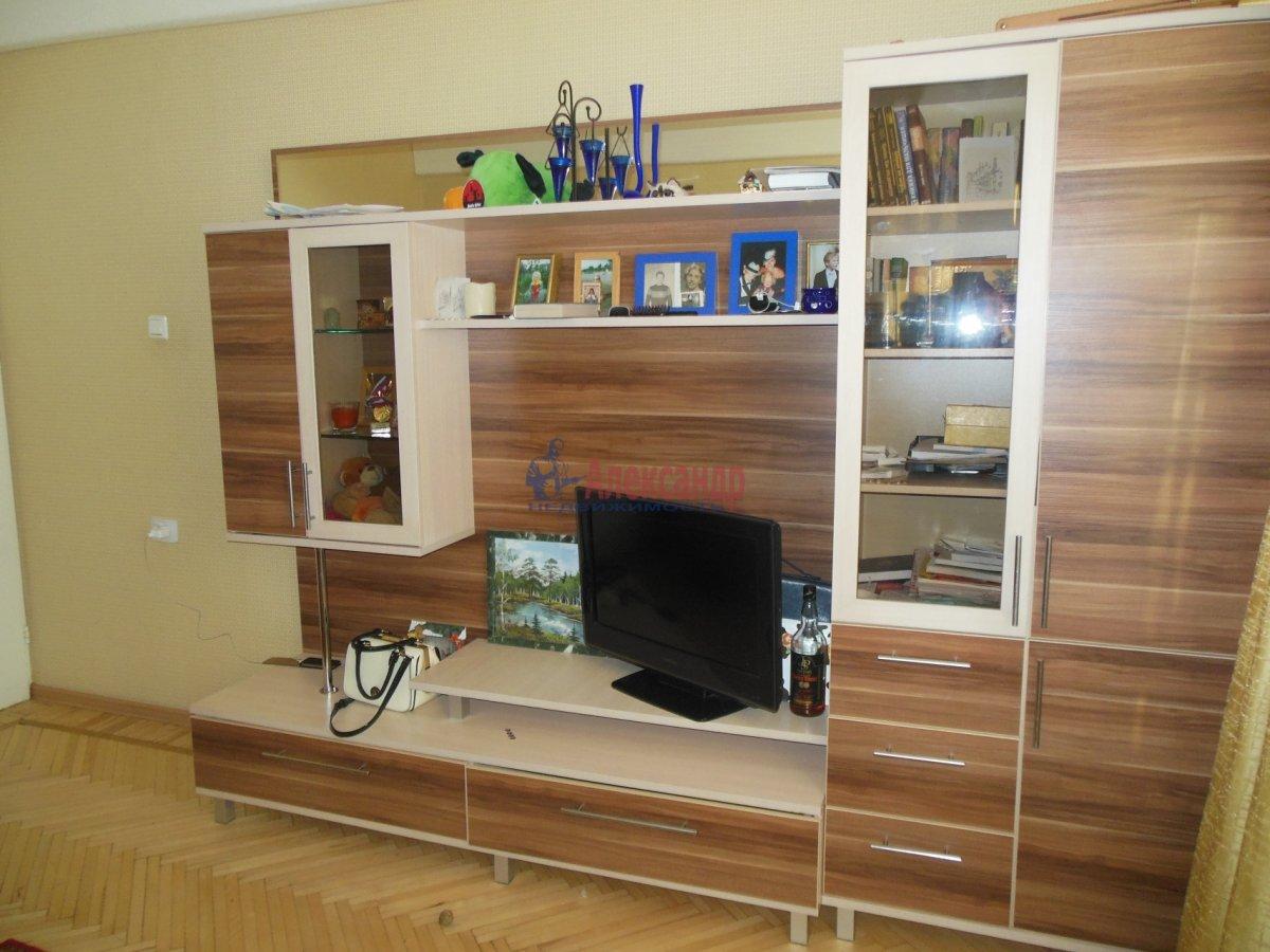 1-комнатная квартира (36м2) в аренду по адресу Михаила Дудина ул., 25— фото 1 из 2