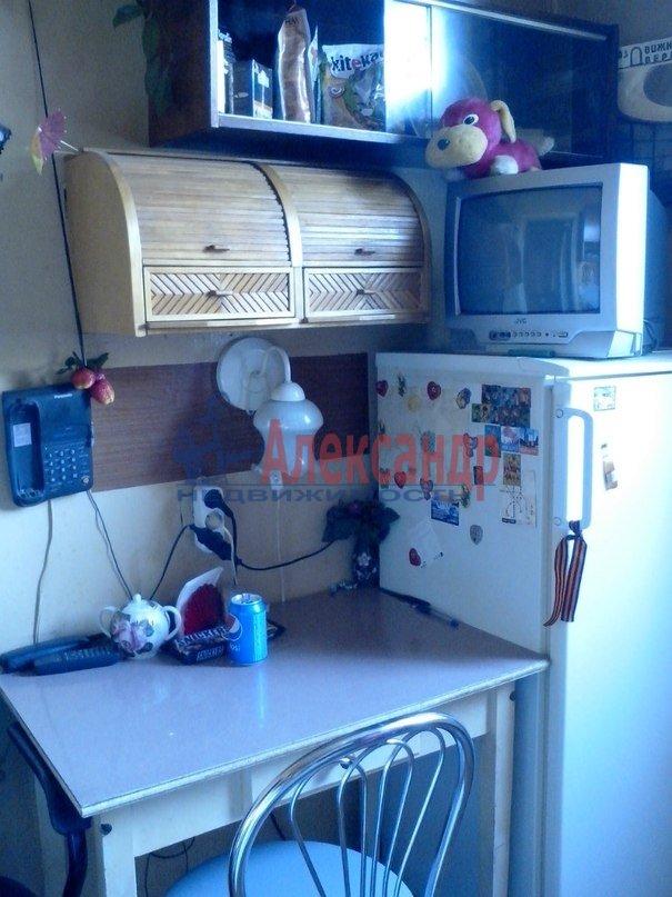 Комната в 2-комнатной квартире (52м2) в аренду по адресу Подводника Кузьмина ул., 2— фото 2 из 3