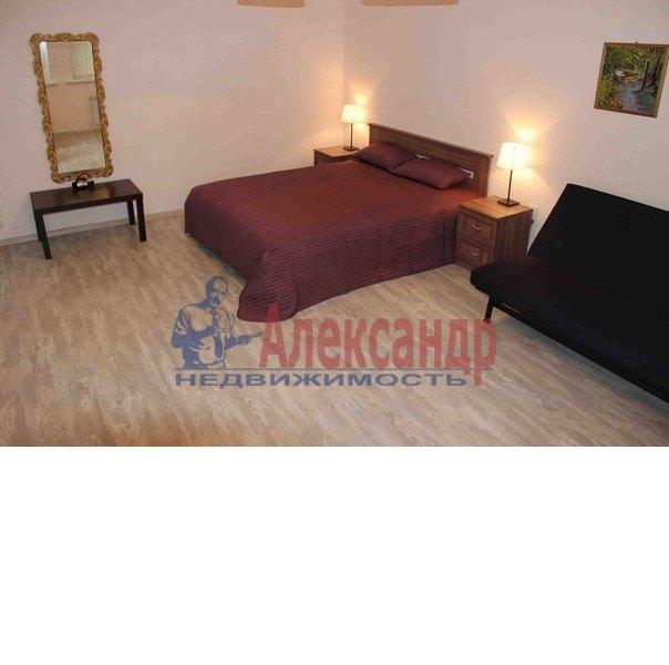 1-комнатная квартира (50м2) в аренду по адресу Ропшинская ул., 3— фото 1 из 6