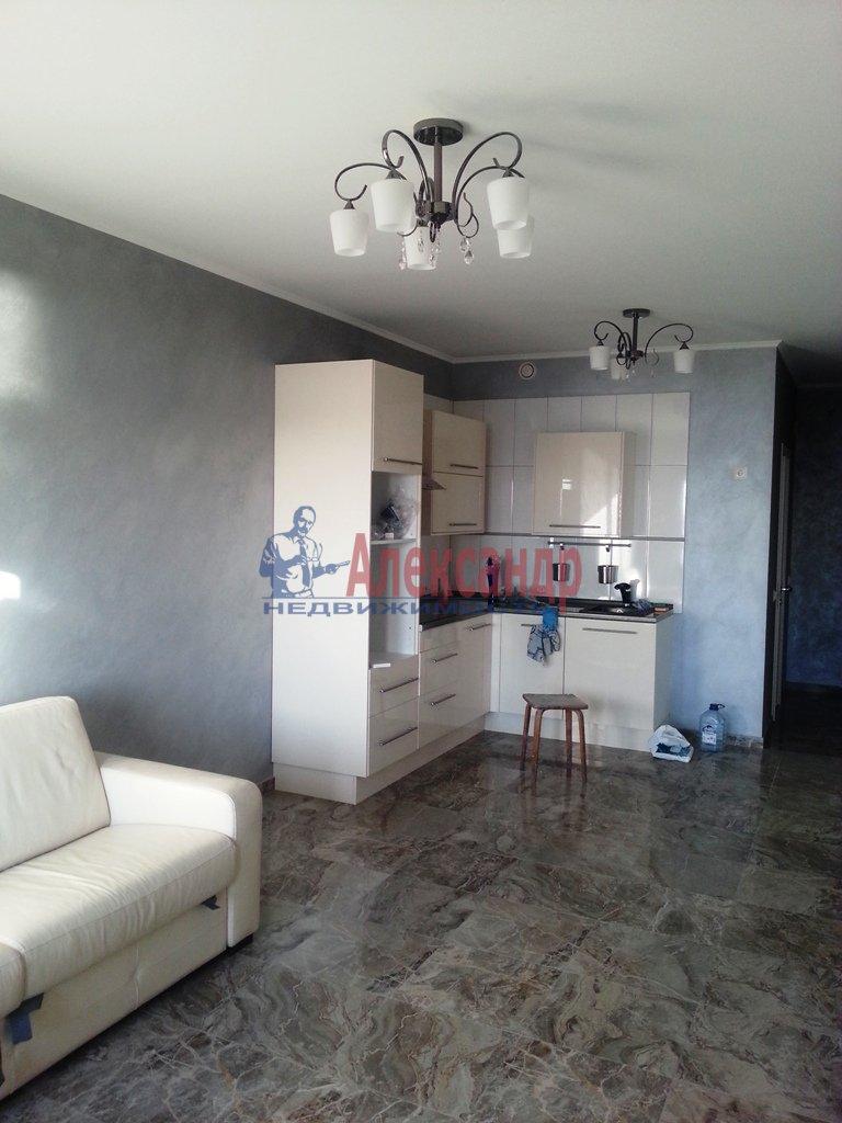 3-комнатная квартира (95м2) в аренду по адресу Наличная ул., 28— фото 1 из 16